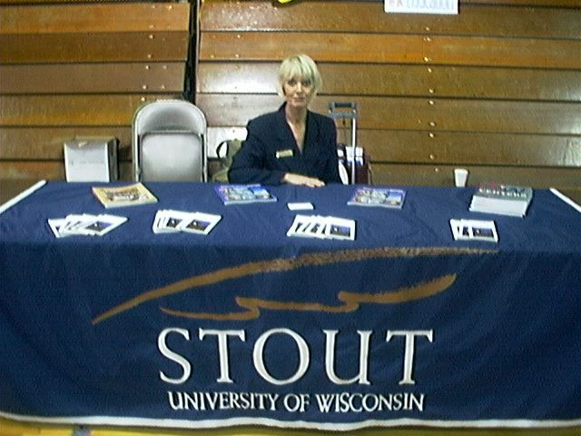 uw stout admissions essay University of wisconsin stout | wisconsin's uw-stout's polytechnic approach to learning is a compare and contrast, creative, essay exams, grammar.
