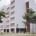 College building :: Honolulu Community College