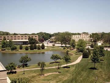 University Campus :: Saint Xavier University