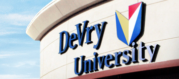 College building :: DeVry University-Illinois