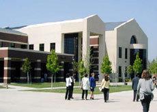 College Campus :: Purdue University Global-Davenport