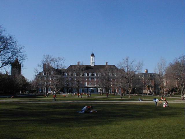 mainQuad :: University of Illinois at Urbana-Champaign