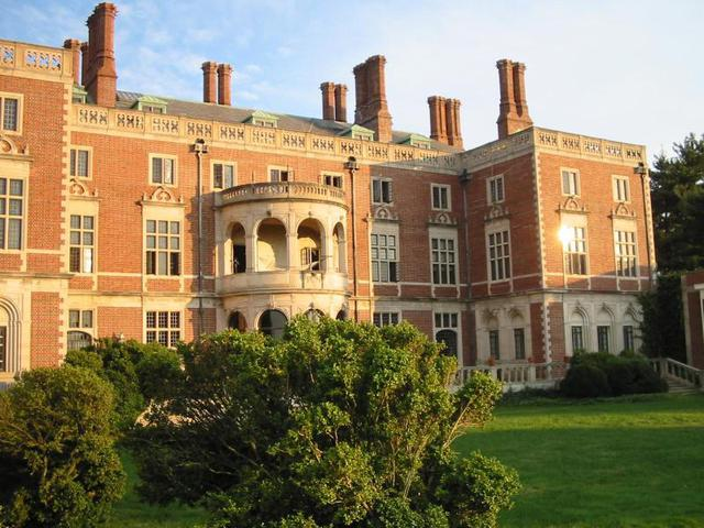 The North Face of Webb Institute's Stevenson Taylor Hall :: Webb Institute