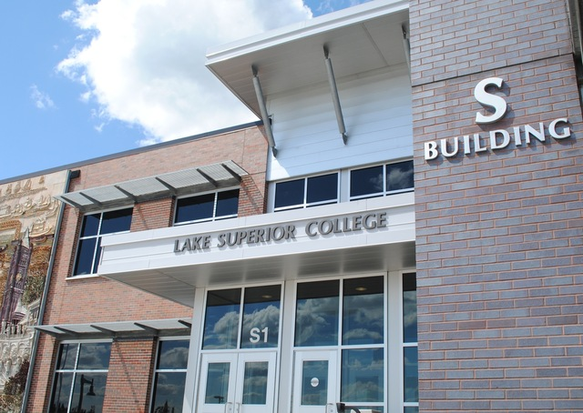 S Building :: Lake Superior College