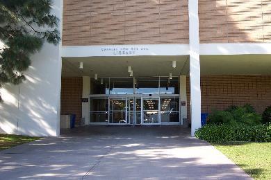 The Charles Von der Ahe Library :: Loyola Marymount University
