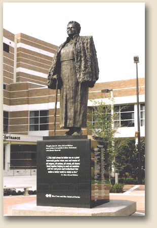 Mary McLeod Bethune :: Bethune-Cookman University