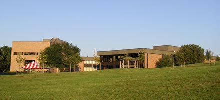 University Building :: Iowa Western Community College