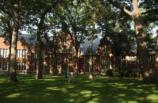 Wellesley College :: Wellesley College