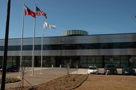 building :: Southern Crescent Technical College