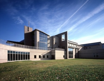 building :: University of Wisconsin-Green Bay