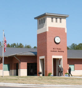 College Building :: Copiah-Lincoln Community College