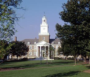 Collge campus :: Johns Hopkins University