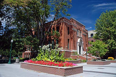 College Campus :: University of Oregon