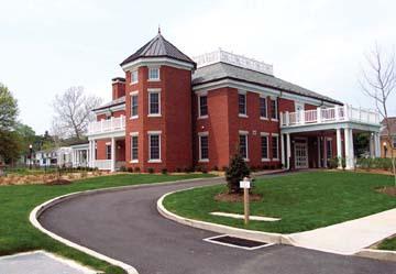 University building :: California University of Pennsylvania